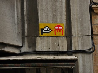 Space Invaders Tag