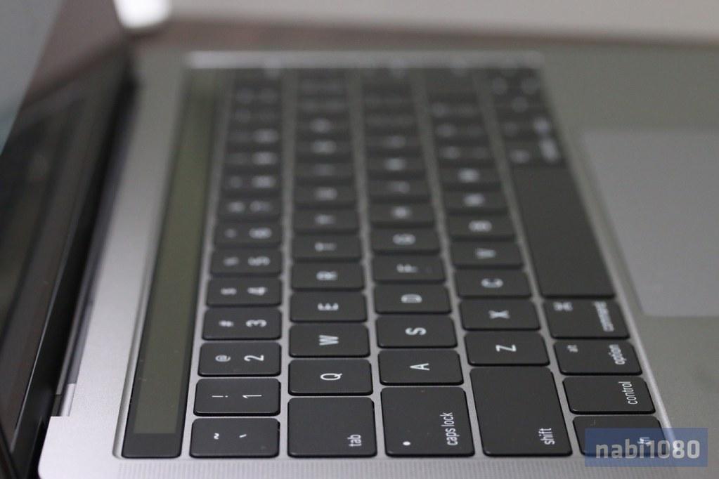MacBook Pro 13インチ30