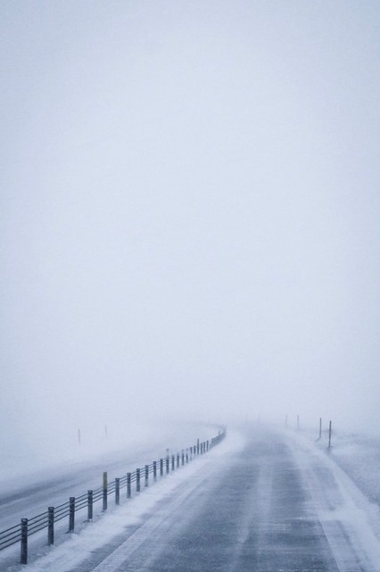 C'è una strada nella nebbia...