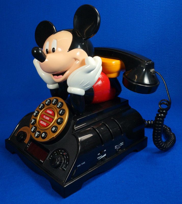RD14898 Rare Vintage Mickey Mouse Talking Alarm Clock Radio Telephone DSC06900