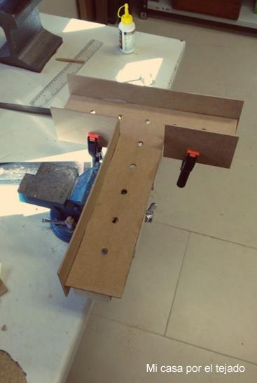 Diy letras de madera con luz tendencia de boda mi casa - Como construir un tejado ...