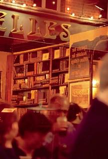 Pub frente al Bruxelles.