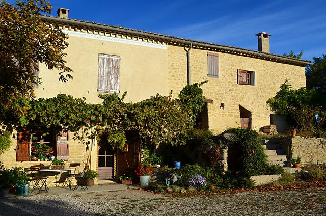 La Campagne Berne, Pierrerue Provence