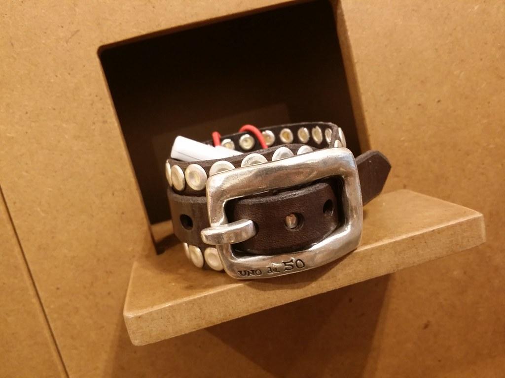 Uno-de-50-leather-bracelet