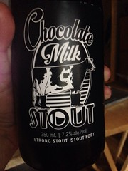 Beersperiment: Chocolate Milk Stout, Wellington Brewery (Guelph, Ontario). @halyma: 3* me: 4*