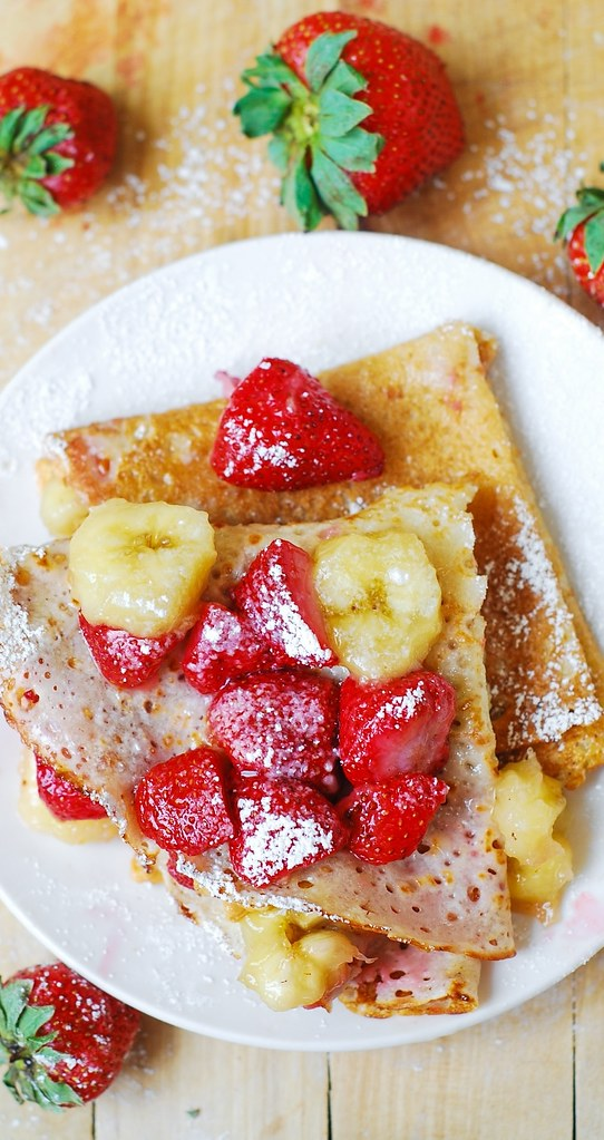 how to make crepes, strawberry recipes, banana crepes, crepes with peanut butter filling, breakfast crepes
