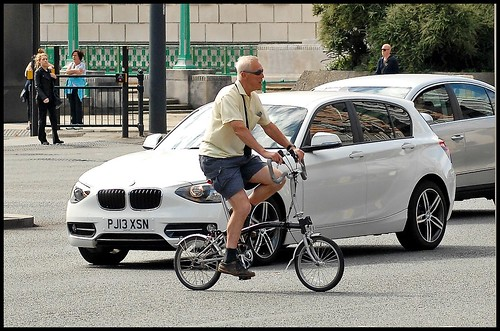 And cyclists wonder why motorists hate them!