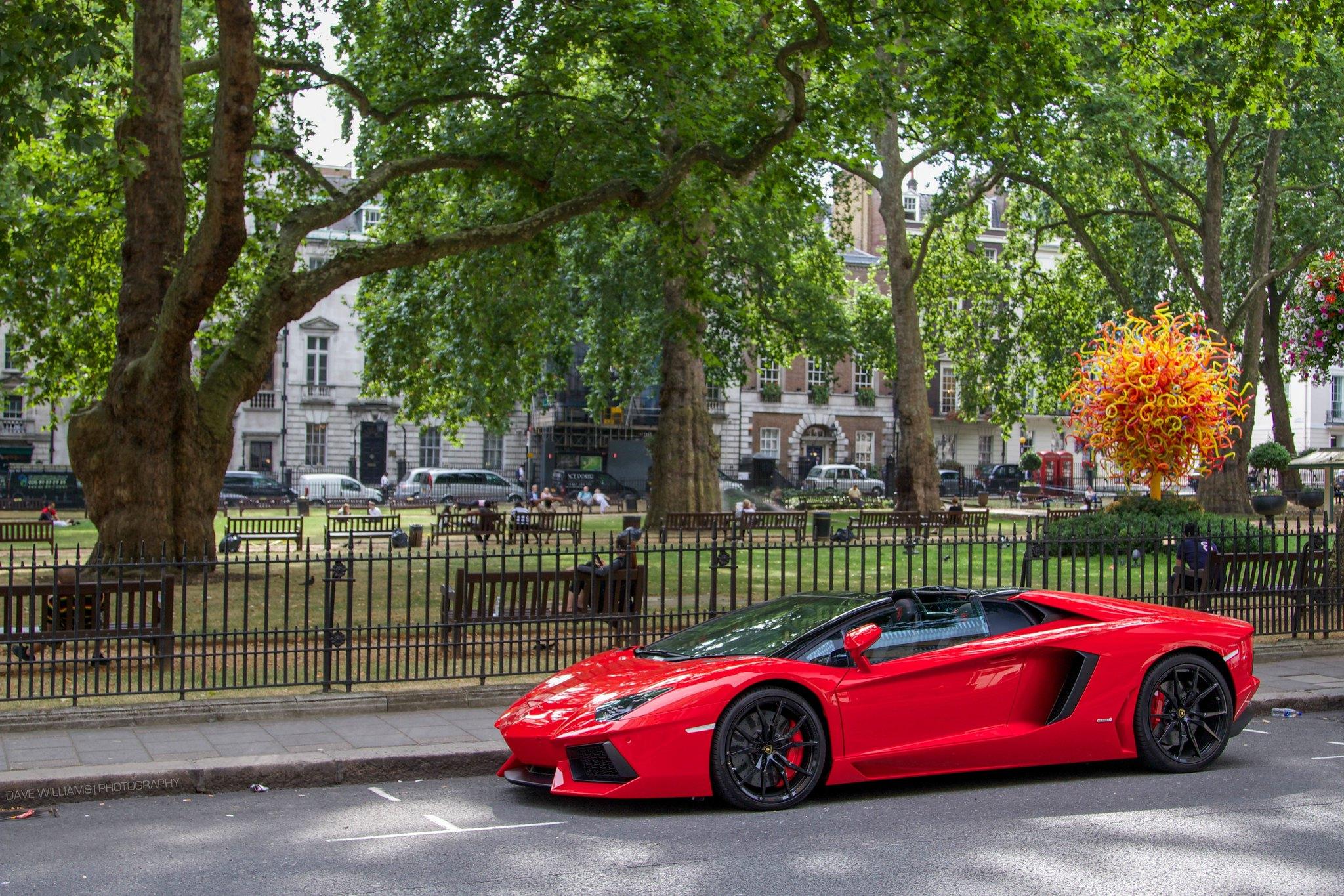 Lamborghini Aventador In Red Os 2048 X 1365 Carporn