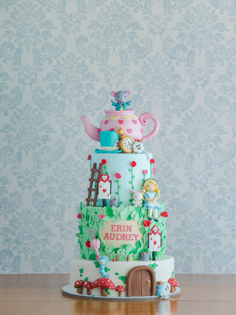 cakes alice and the crazies of wonderland cottontail cake