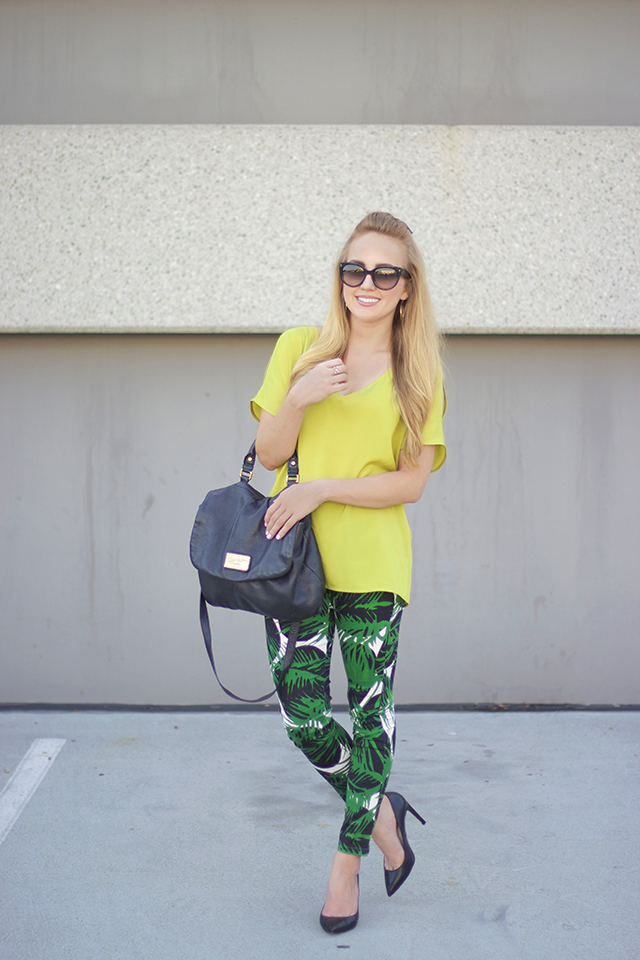 how to wear palm printed pants