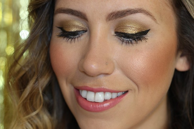 Golden Eyes | Makeup | #LivingAfterMidnite