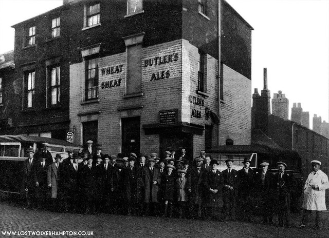 (Picture 3) At the top of Cornhill in Horseley Fields. circa 1929 stood The Wheatsheaf' No. 2 on the map.