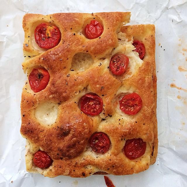 Hello gorgeous #italianfood #italy #farmersmarket #bread
