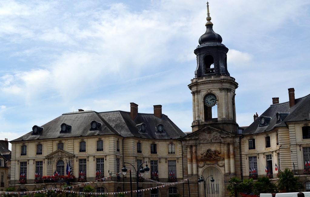 Rencontre Femme Cougar à Chartres (28000)