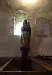 Vierge à l'Enfant dans l'église Saint-Benoît de Saint-Benoît des Ombres