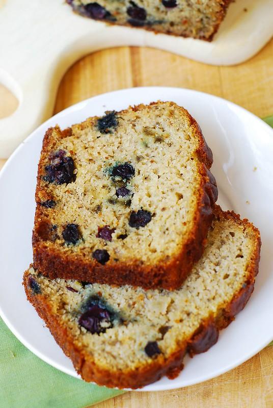 slice of gluten free banana bread, berry recipes, berry cake recipe, berry banana bread