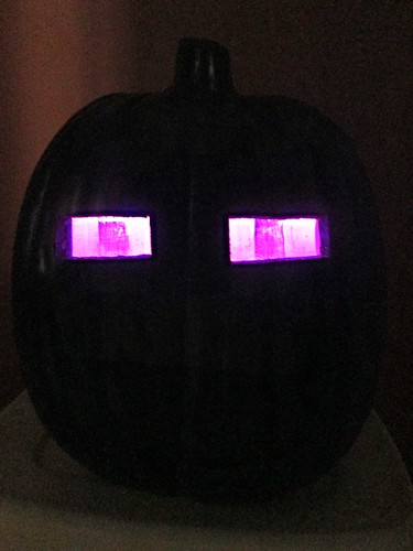 Make a minecraft enderman pumpkin hip to be square