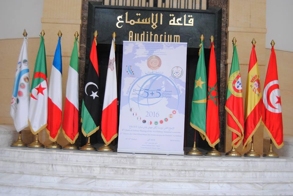 الجزائر : صلاحيات نائب وزير الدفاع الوطني - صفحة 5 30479114420_efc53863c7_o