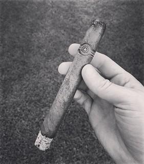 Very fake #montecristo #cuban #cubancigars #fakecigar #ashporn #holysmoke #tabaco