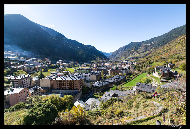 Conjunto histórico de Les Bons - Vista del valle desde Iglesia Sant Romà de Les Bons