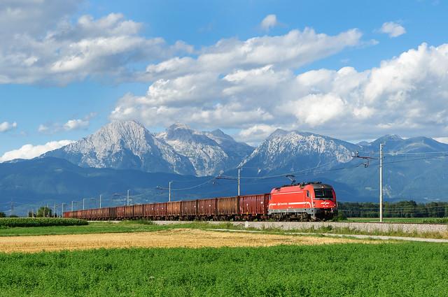 Güterzug bei Škofja Loka