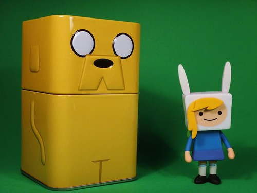 Loot Crate May 2014 - Adventure tin
