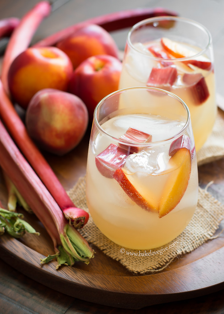 late spring sangria - Bake Love Give