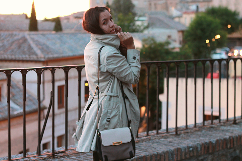 Trench al atardecer | Miss Ecl