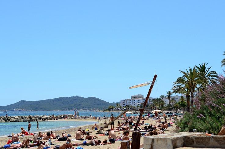 DSC_3215 Ibiza beach crowded
