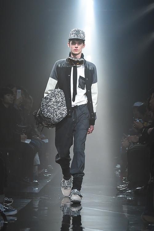 Yulian Antukh(Antuh)3047_FW14 Tokyo Onitsuka Tiger × ANDREA POMPILIO(Fashion Press)