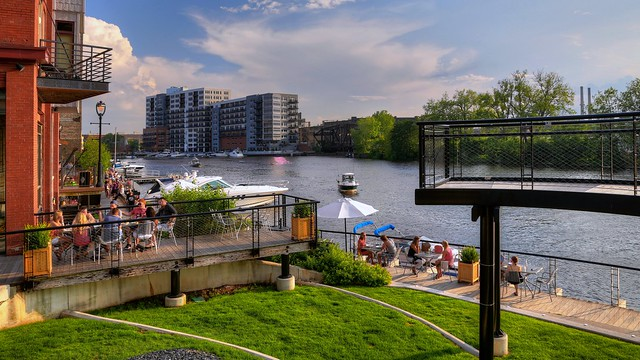 Dining at Milwaukee's Riverwalk, Buffalo Street Landing