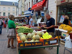 A vegetable selection in Chatellerault market - Photo of Monthoiron