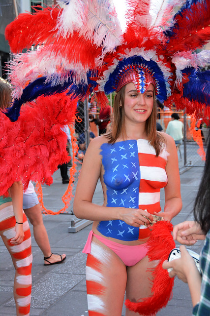 Women In Times Square In Nyc Wearing Only Body Paint -1559