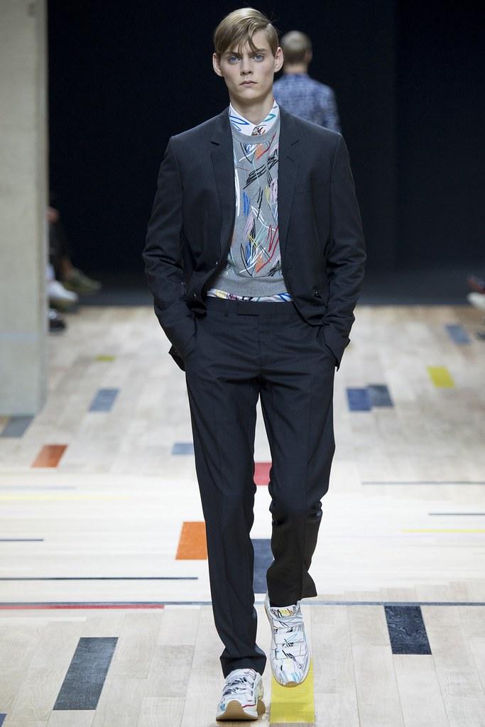SS15 Paris Dior Homme040_Mats van Snippenberg(VOGUE)