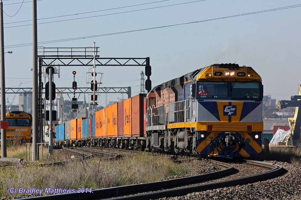 CF4411-CF4412 (The Usual Suspect) with 6MC1 Qube freight to Harefield/Junee at Sims St Junction (15/8/2014) by Bradley Matthews