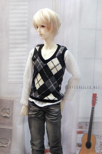 A Classic Schoolboy Look?