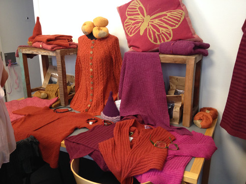 Geilsk Designs at Sommerfuglen - red