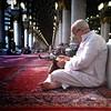 Masjid Nabawi... sejuk dan mentramkan hati. Semoga Allah SWT memberikan usia untuk kembali kesini.