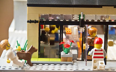 LEGO Movie Coffee Shop: Entrance
