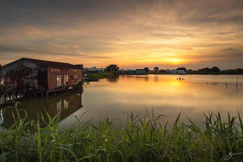 sunset reflection water grass canon landscape hongkong 5dmarkii