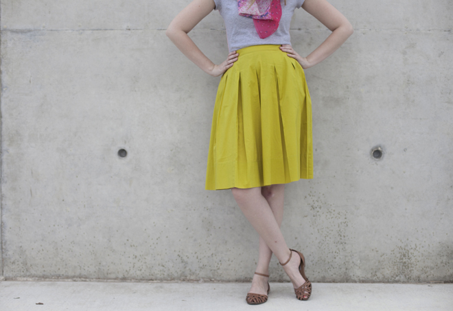 end of summer midi skirt outfit