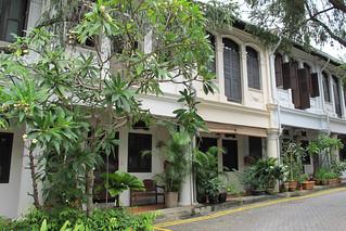 Vlakbij Orchard Road een oase van rust rondom het mooie Emerald Hill