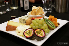 20140823-49-Cheese platter at Freycinet Lodge.jpg