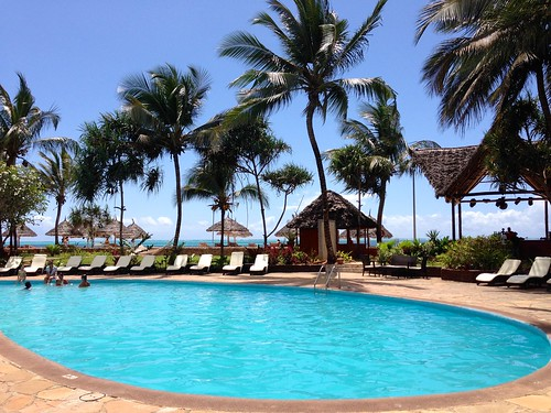 piscina @ Kiwengwa Beach Resort Zanzibar
