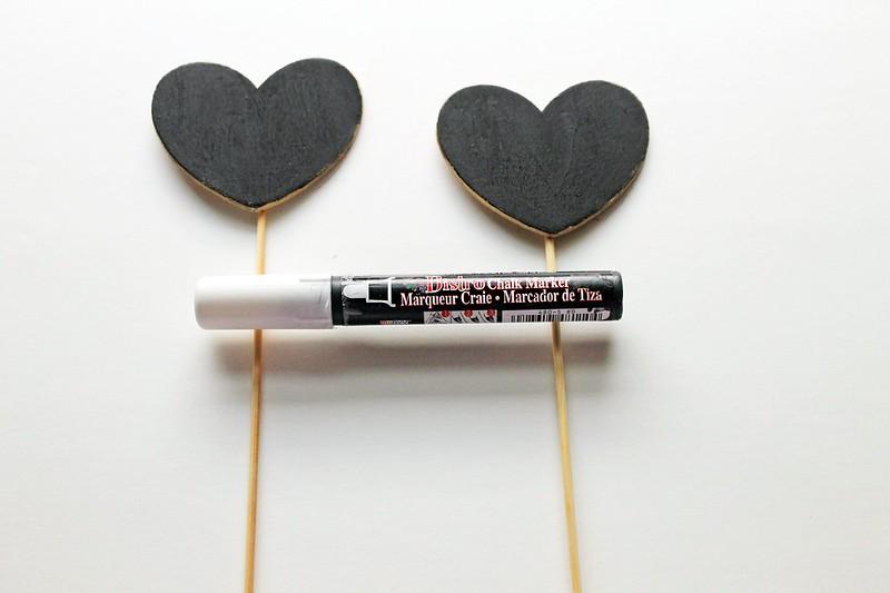 DIY Chalkboard Cake Toppers