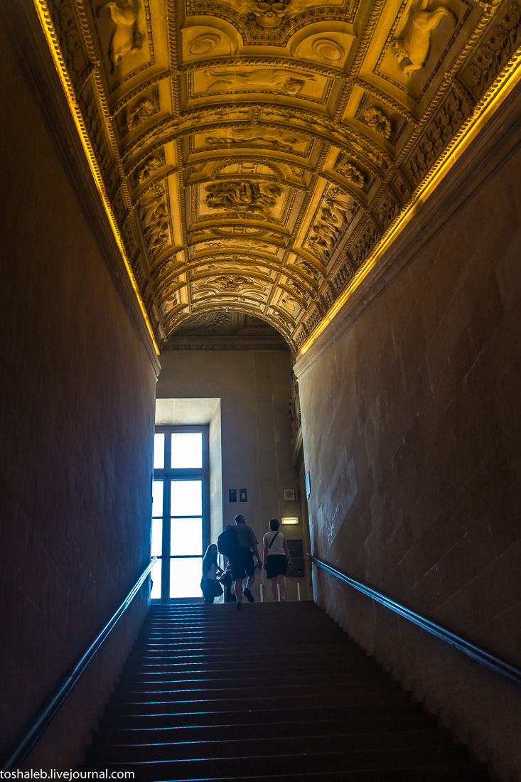 Louvre-60