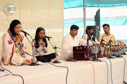Devotional song by Shalini Dalwani from Los Angeles, USA