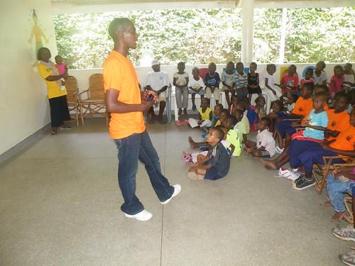 Bernard talk to the children