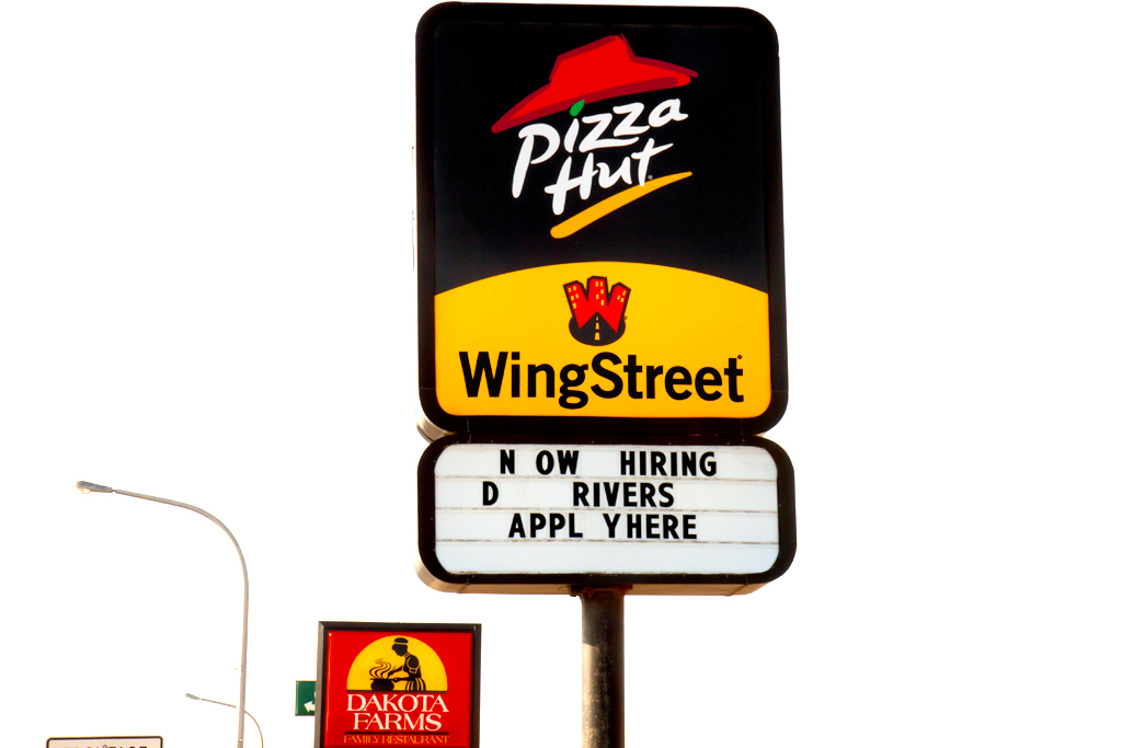 PIZZA-HUT-NOW-HIRING--Williston