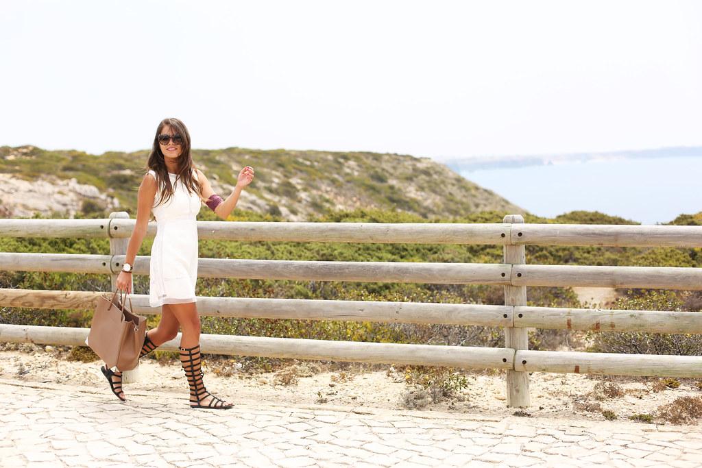 cover_white_dress